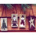 SET OF 4 ORNAMENTS PATTERN