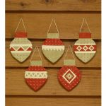 ORNAMENTS 2009 PATTERN