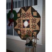 CHRISTMAS TREASURES TREE SKIRT