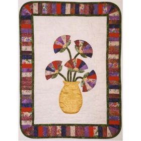 """Fan""tastic Poppies Wall Hanging Quilt Pattern"