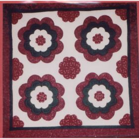 HEARTS IN BLOOM QUILT PATTERN*