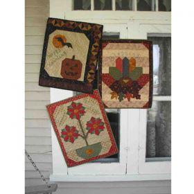 Holiday Treasures, Too! Wall Hanging Pattern